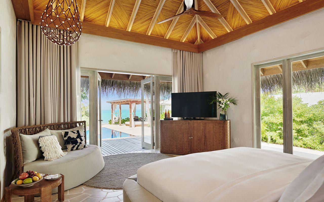 TWO BEDROOM BEACH SUNSET VILLA BEDROOM