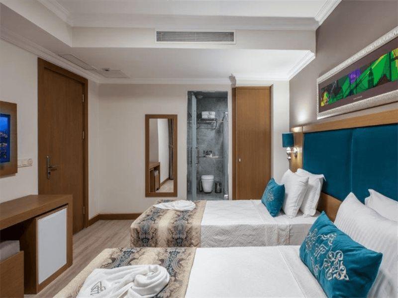 Triple-Room2.l