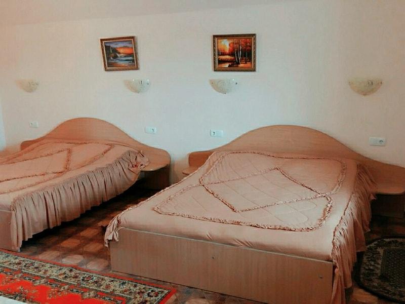 Четырехместный 1-комнатный люкс (1)-min