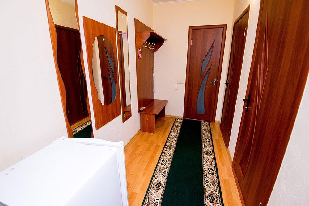 Двухкомнатный люкс 4 человека FAMILY ROOM-min