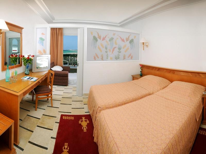 Superior Room2-min
