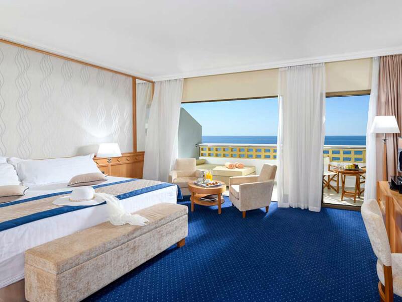 29-PIONEER-BEACH-HOTEL-JUNIOR-SUITE-SV (1)