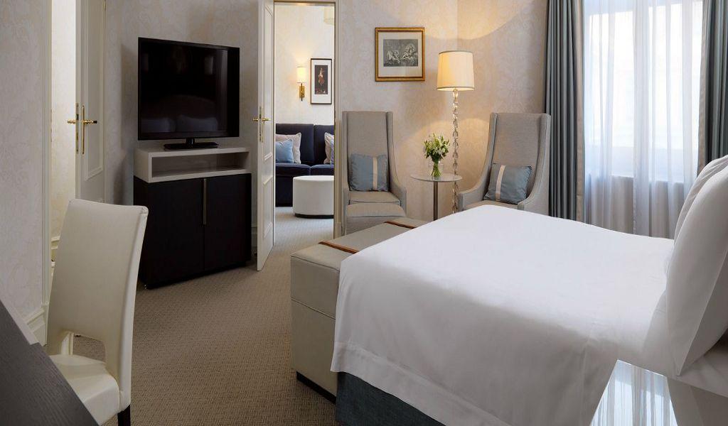 Bristol-Hotel-Warsaw-Junior-Suite
