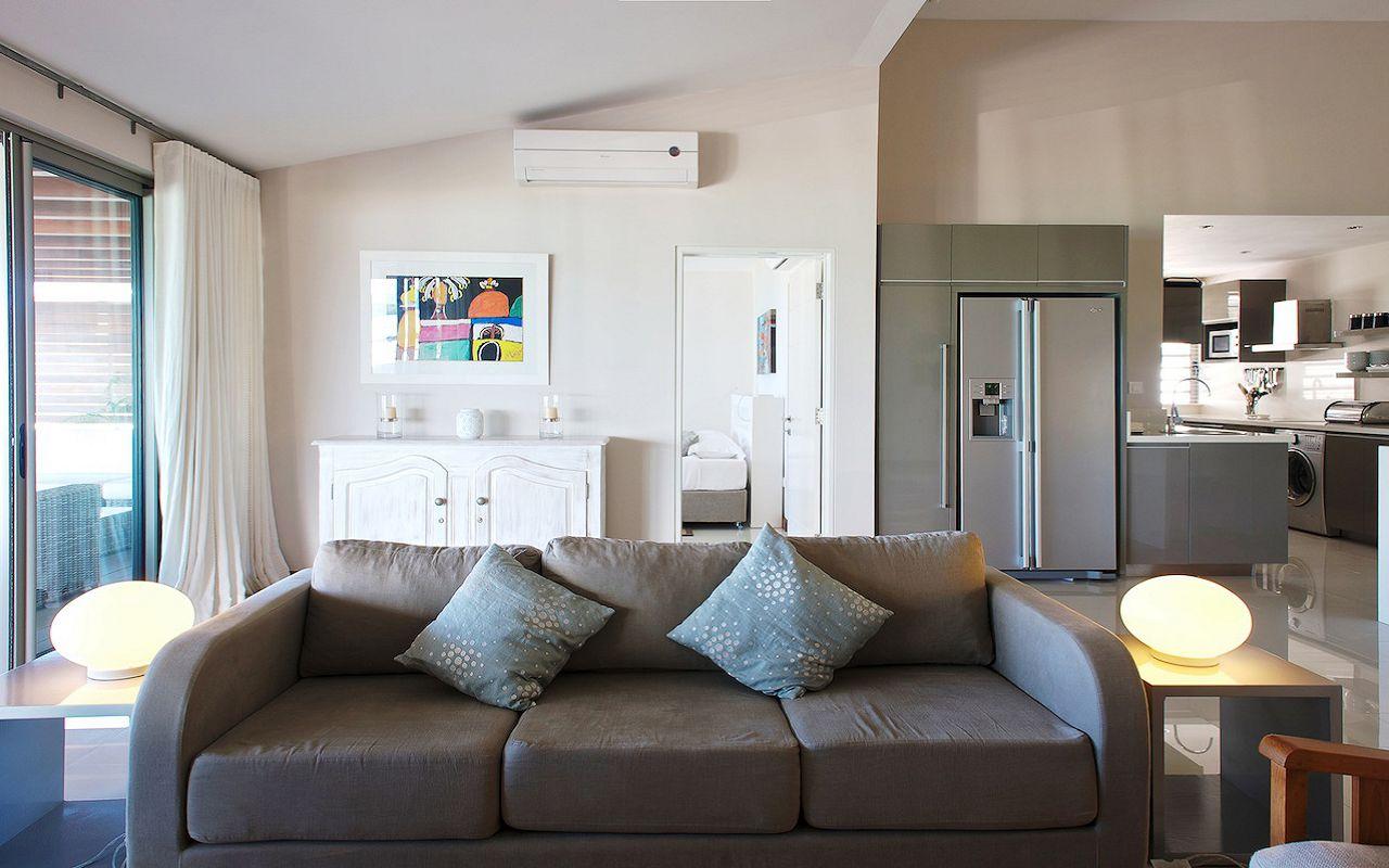Paradise Beach Luxury Apartments (12)