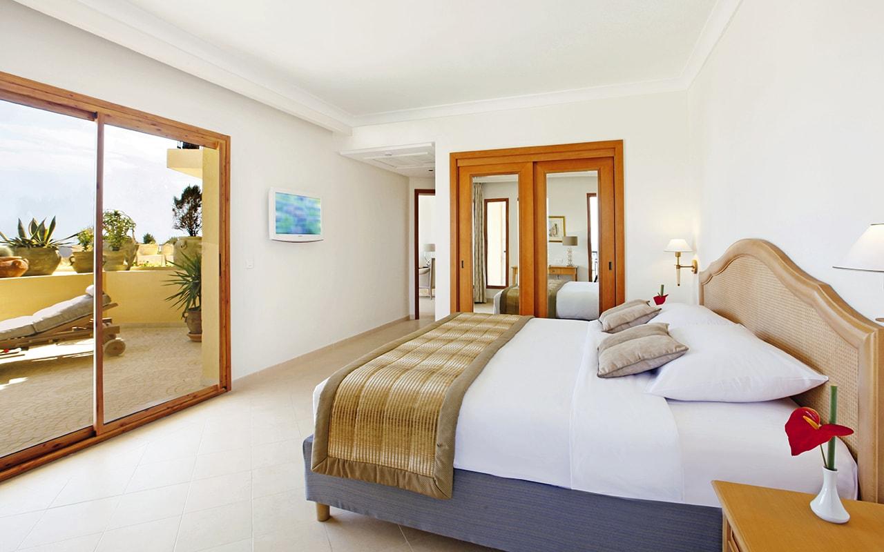 Terrace Suite-min