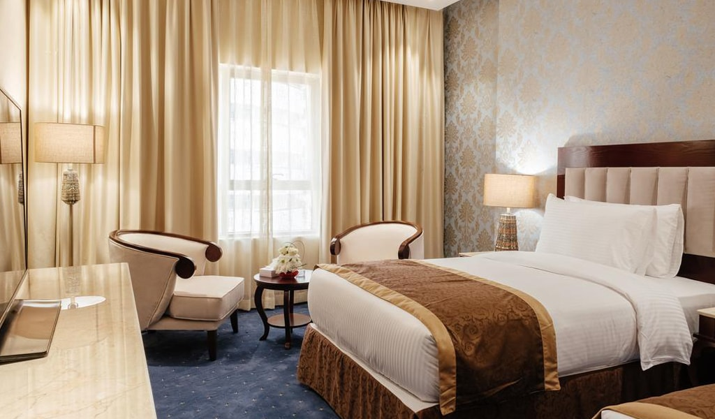 Tulip Inn Al Khan Hotel (11)