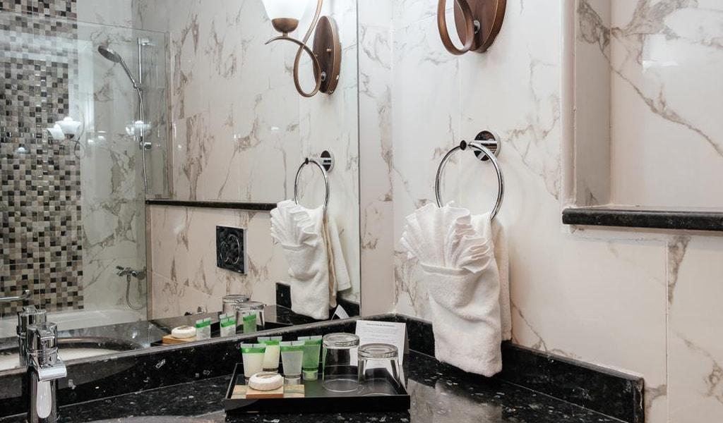 Tulip Inn Al Khan Hotel (9)