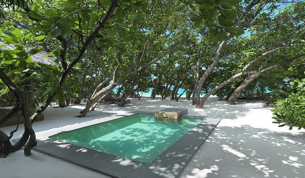 Beach Family Pool Villa (3)