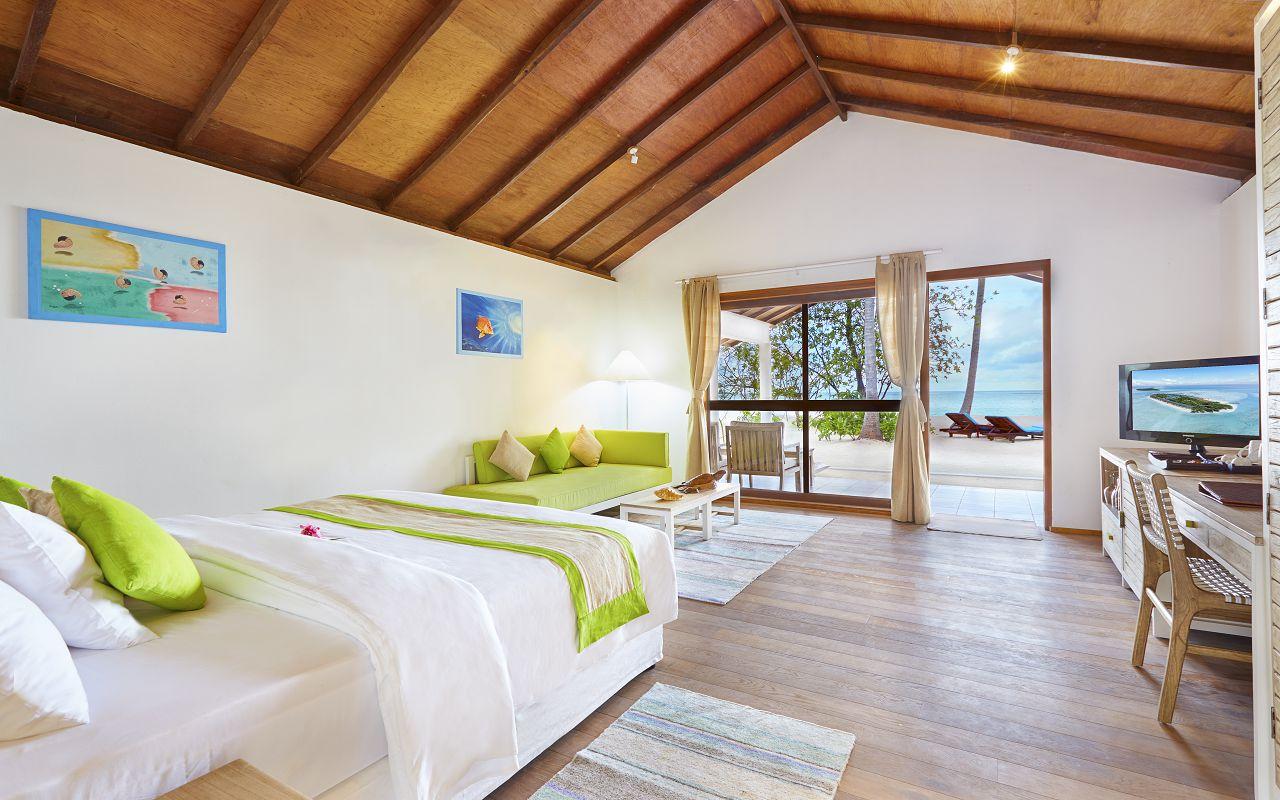 7Innahura Maldives Resort (7)
