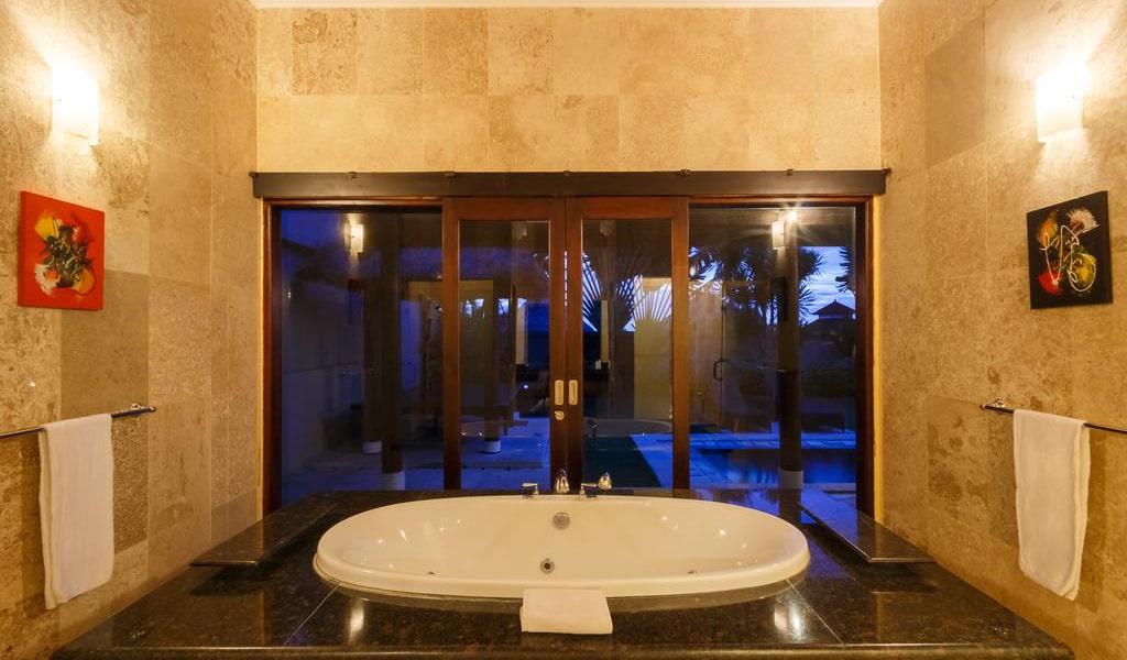 Villa with Private Pool-min