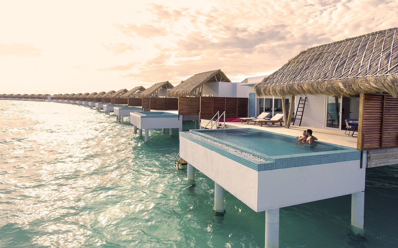 Water villa with pool (2)
