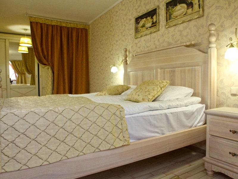 room4_2-min