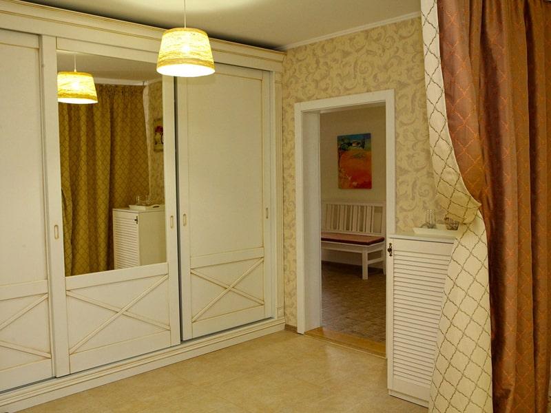 room4_4-min