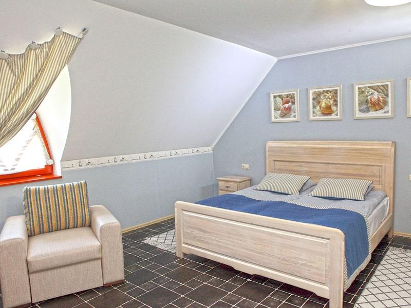 room5_1-min