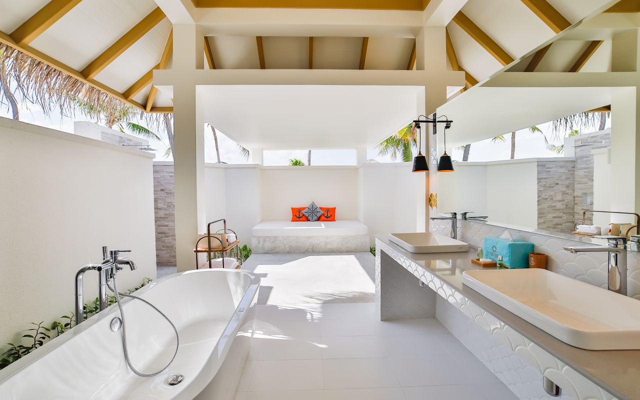 1Beach Suite with Pool (11)