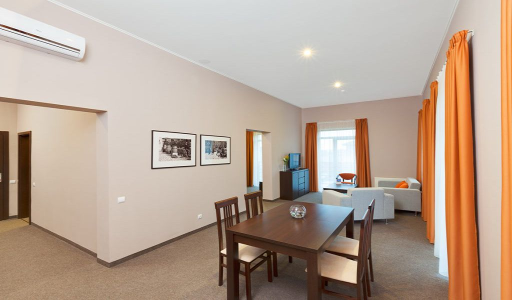 23-Room-Suite-1024x683