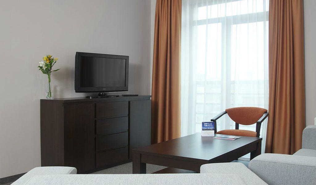 28-Room-Suite-1024x680
