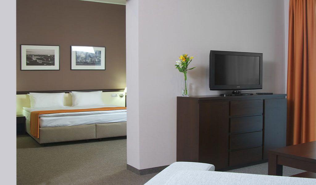 29-Room-Suite-1024x680