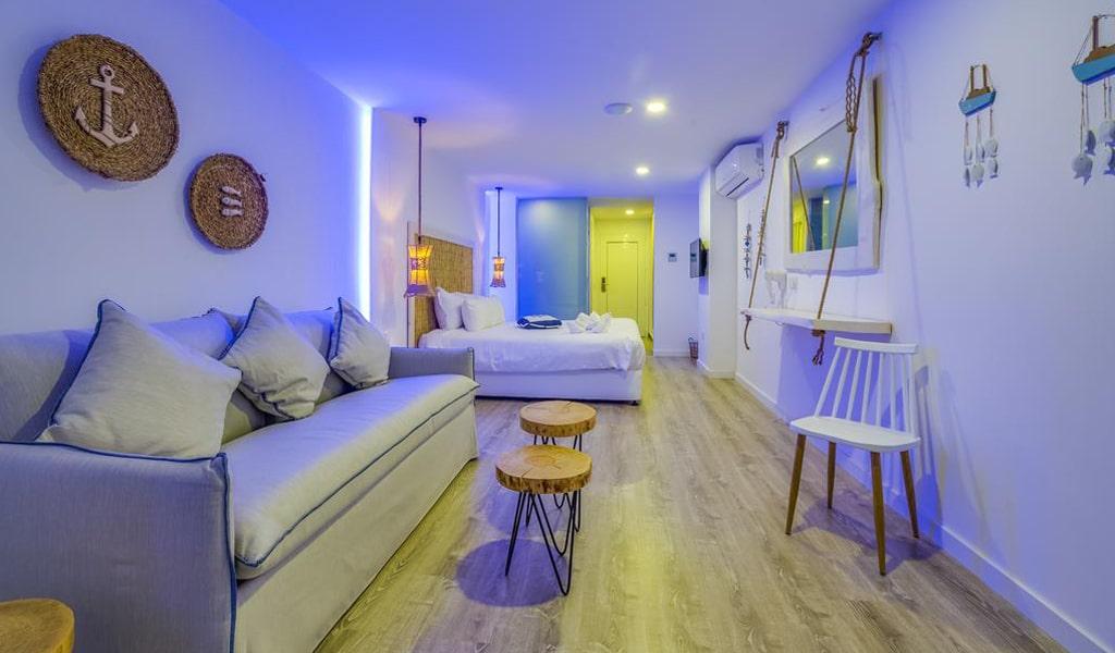 Blue Harbour Boutique Apartments Deluxe Double (8)