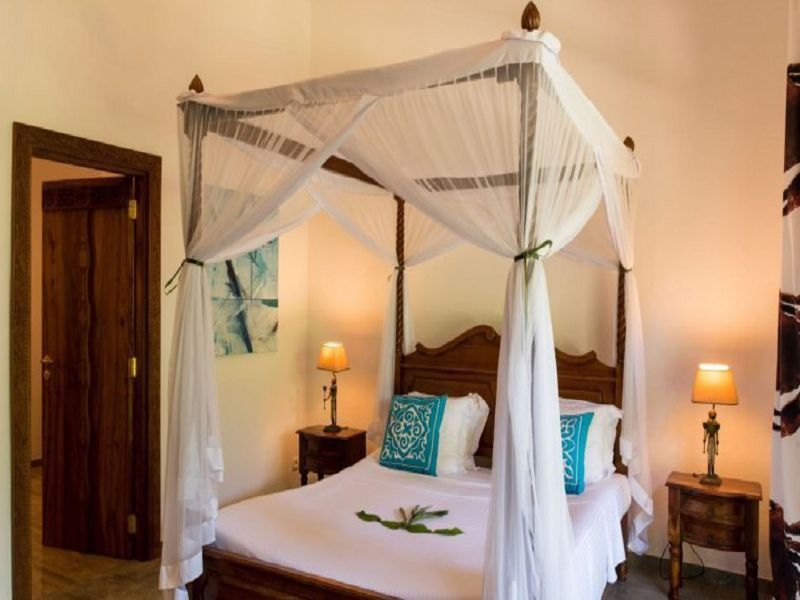 Coconut room (2)