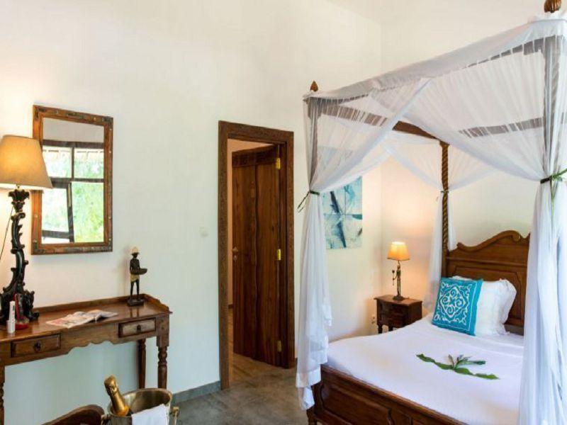 Coconut room (5)