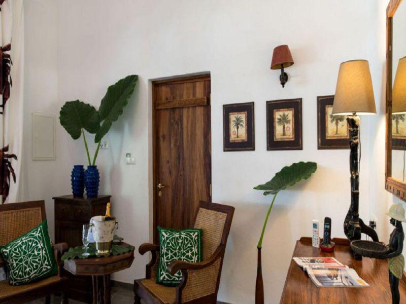 Coconut room (7)