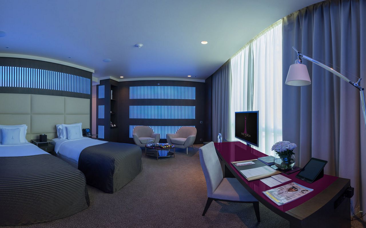 Deluxe_Room_Twin__bed_Blue_enhanced-min