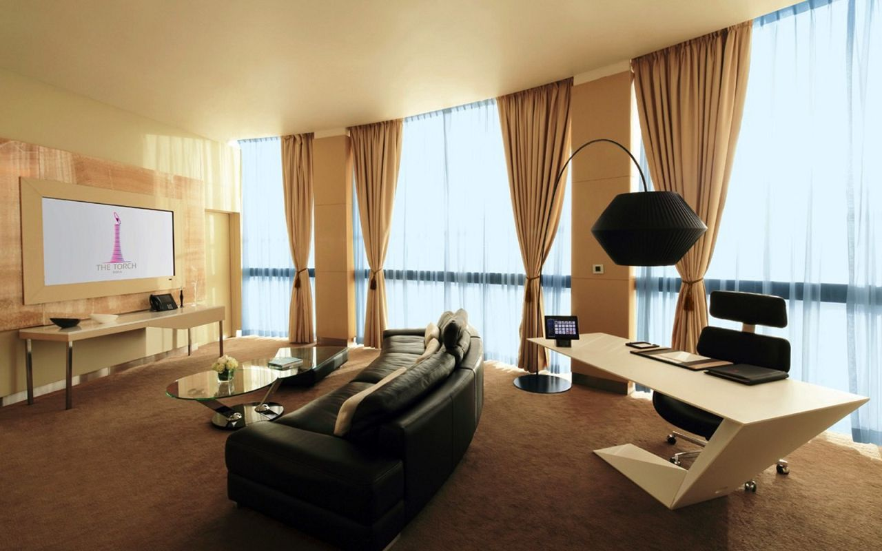 Diplomatic_living_room-min