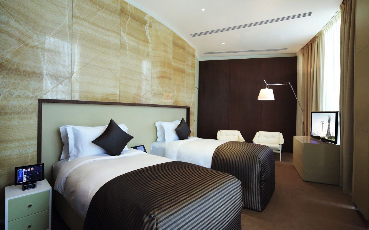 Diplomatic_twin_bedroom-min