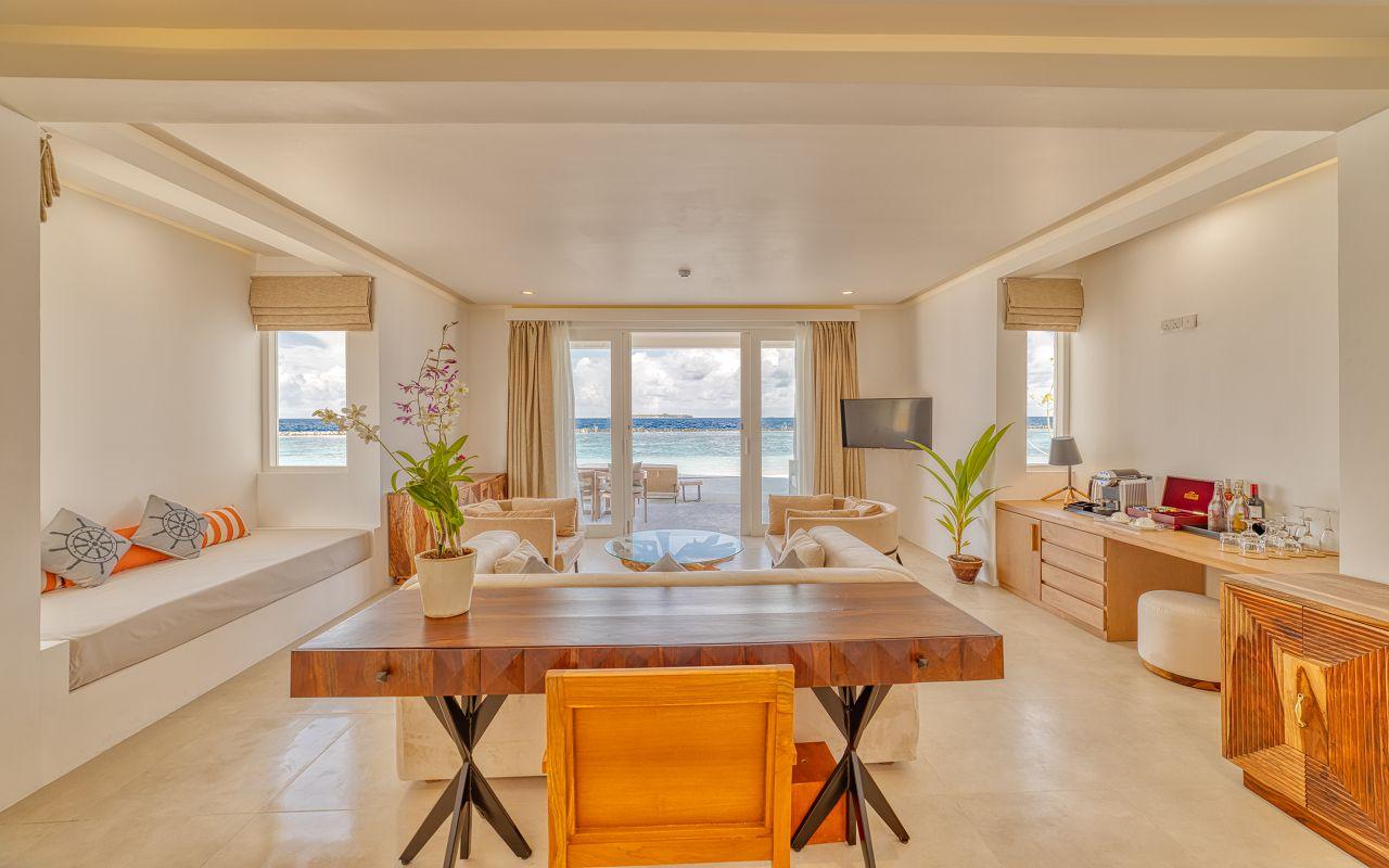 Grand Beach Suite (1)