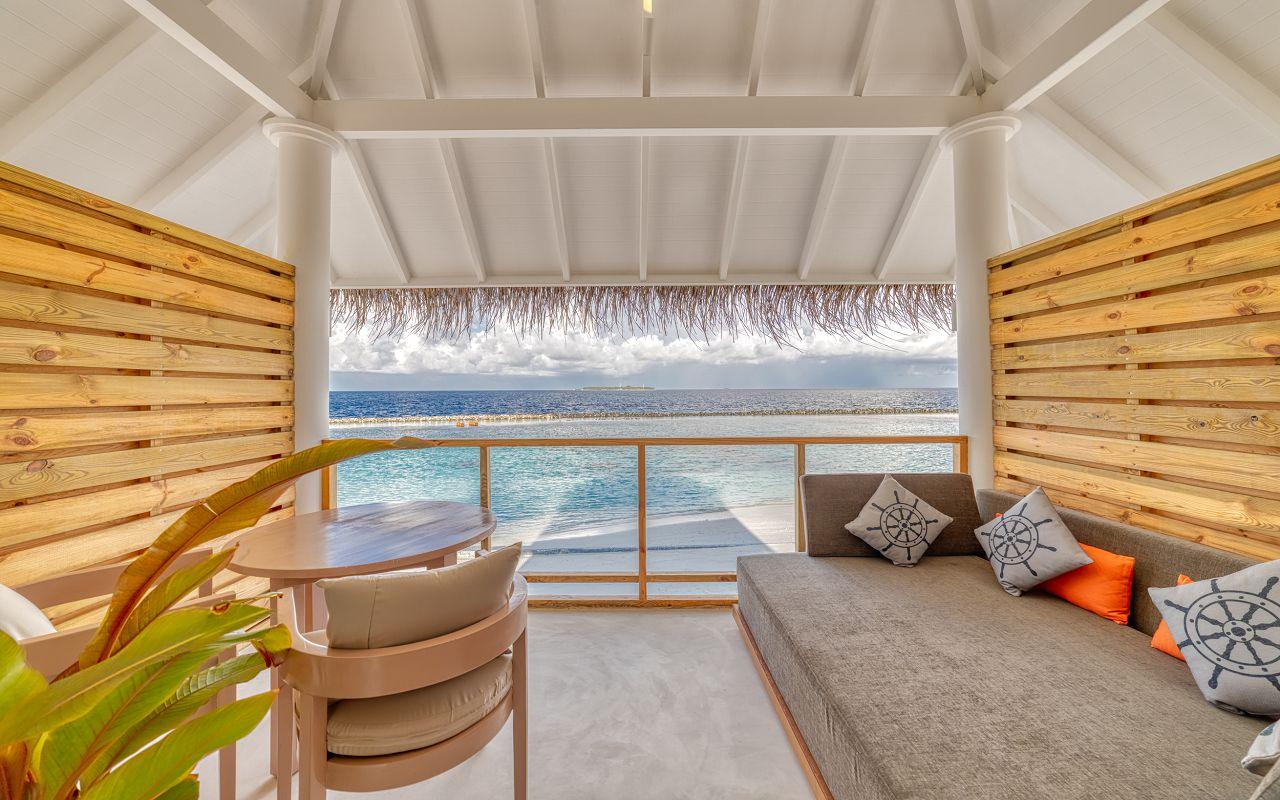 Grand Beach Suite (12)