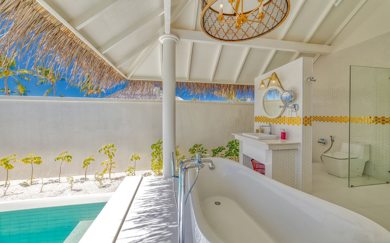 Grand Beach Suite (16)