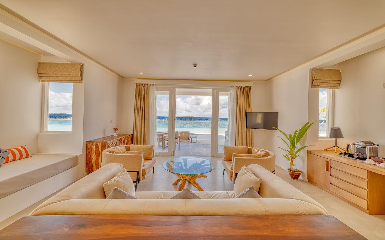 Grand Beach Suite (2)