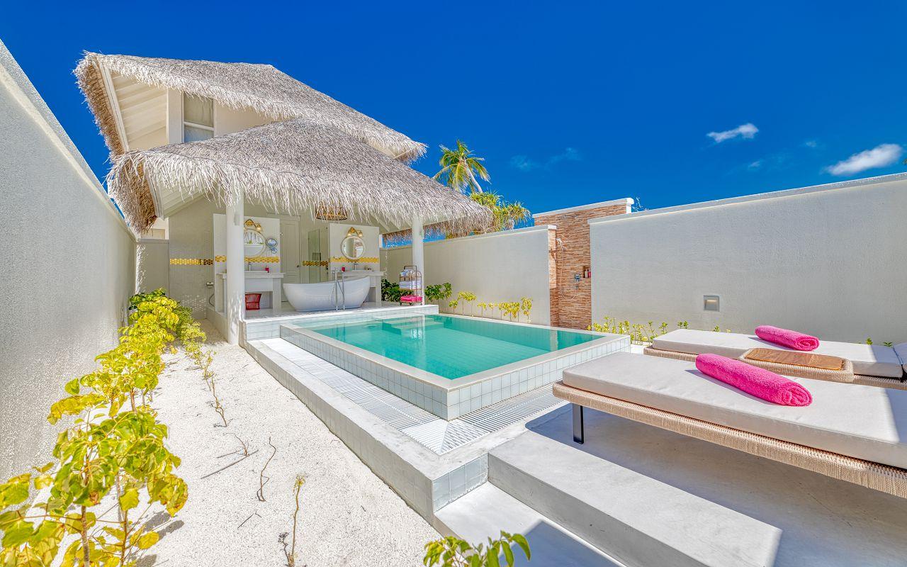 Grand Beach Suite (20)