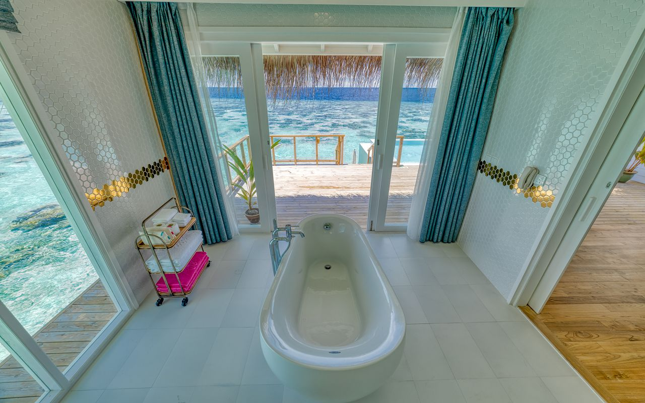 Grand Ocean Suite (26)