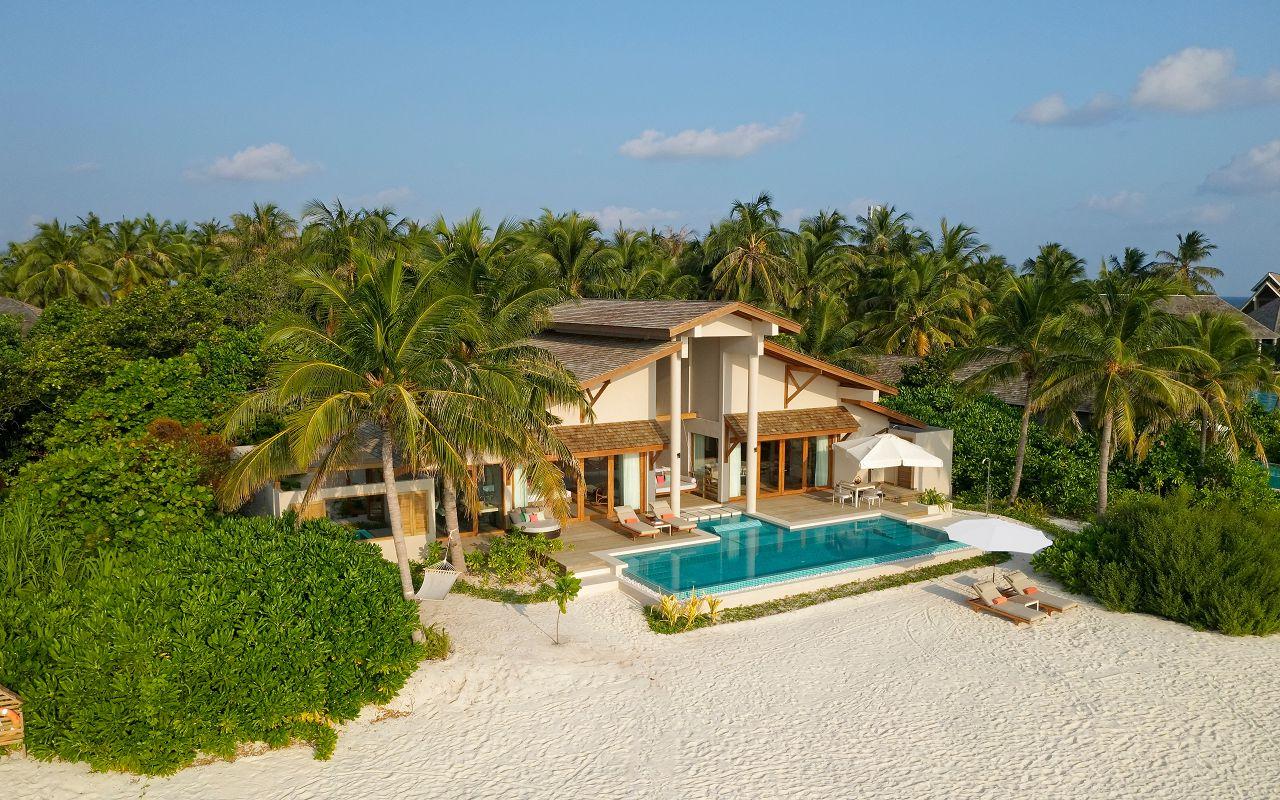 Island Residence with Pool (14)