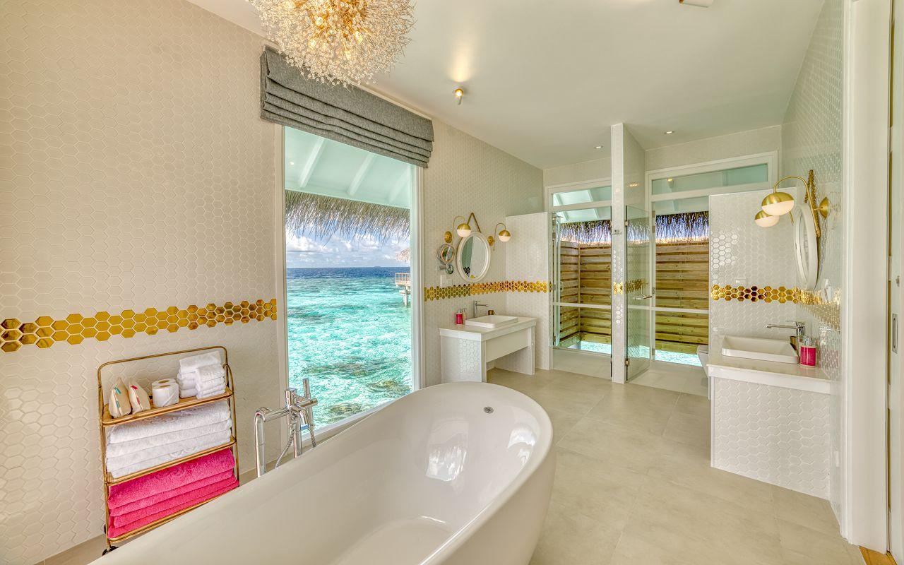 King Ocean Suite (25)