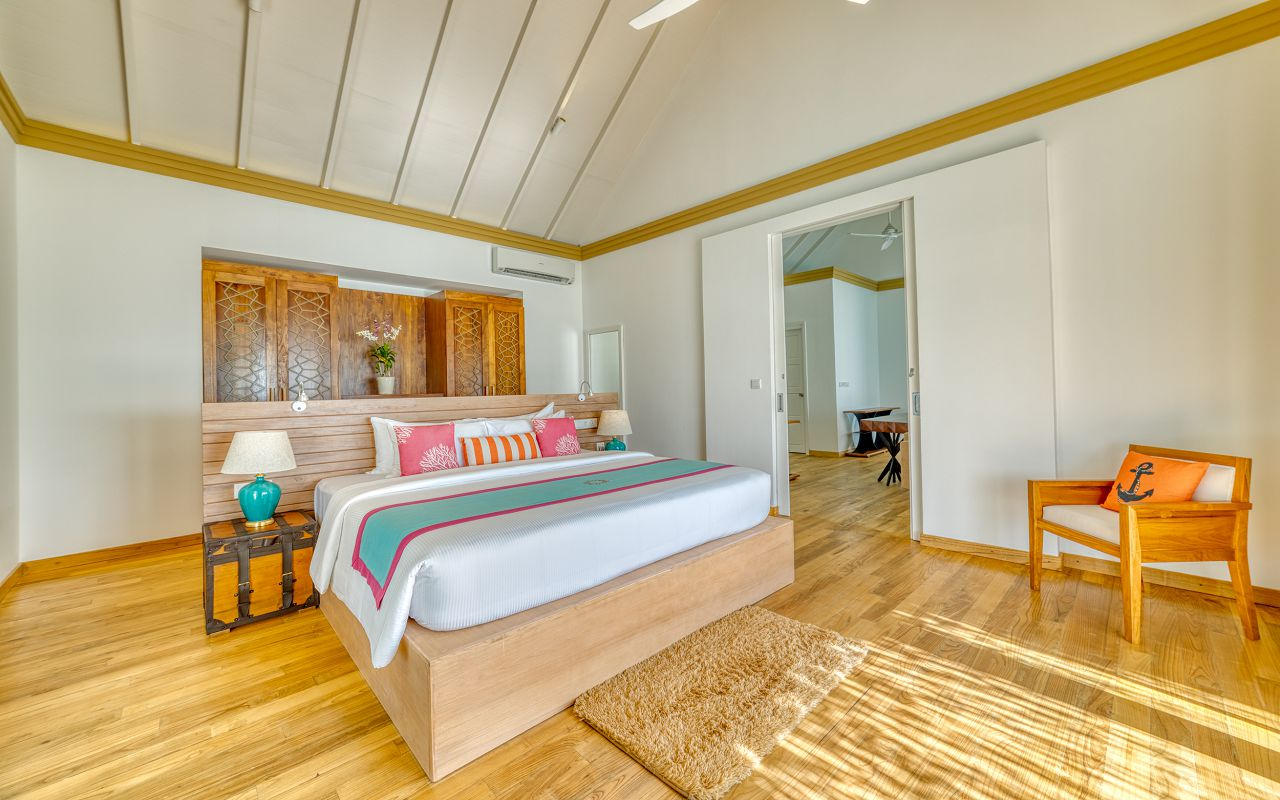 King Ocean Suite (37)