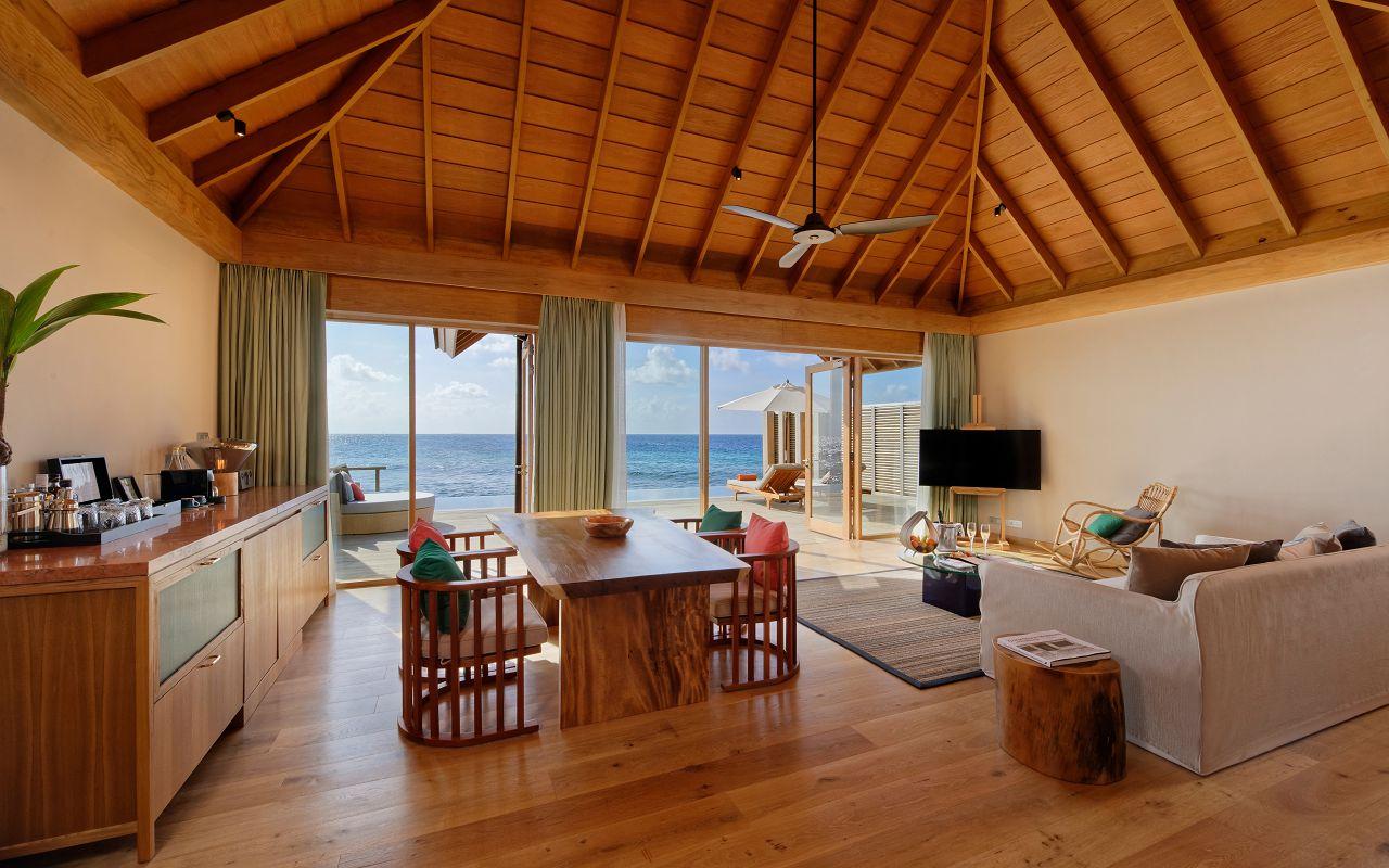 Ocean Suite with Pool (1)
