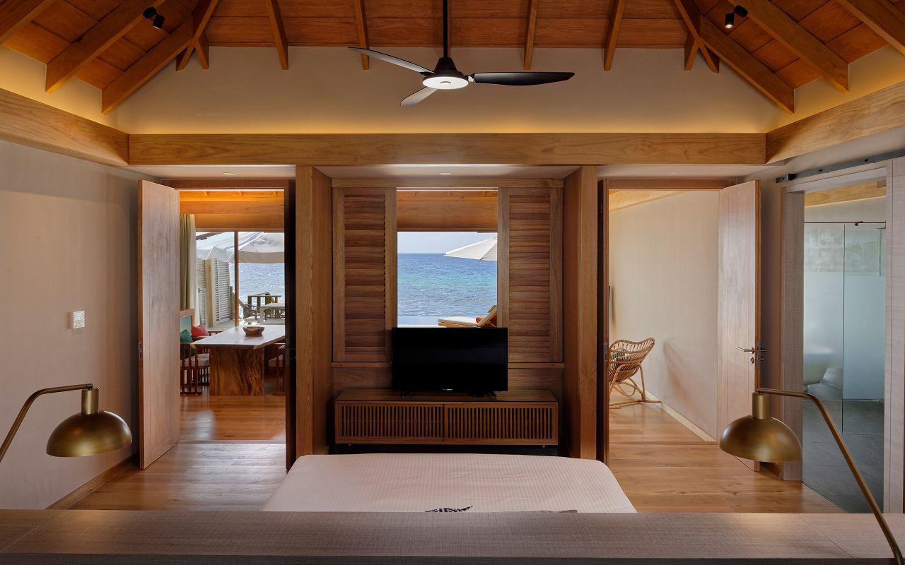 Ocean Suite with Pool (2)