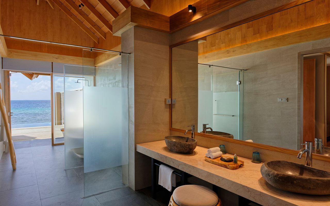 Ocean Suite with Pool (4)