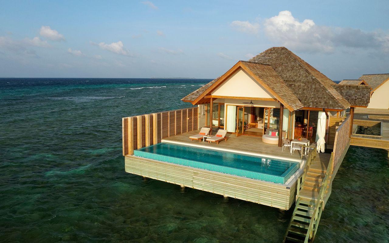 Ocean Suite with Pool (6)
