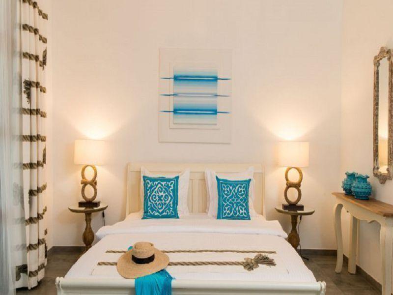 Ocean room (5)