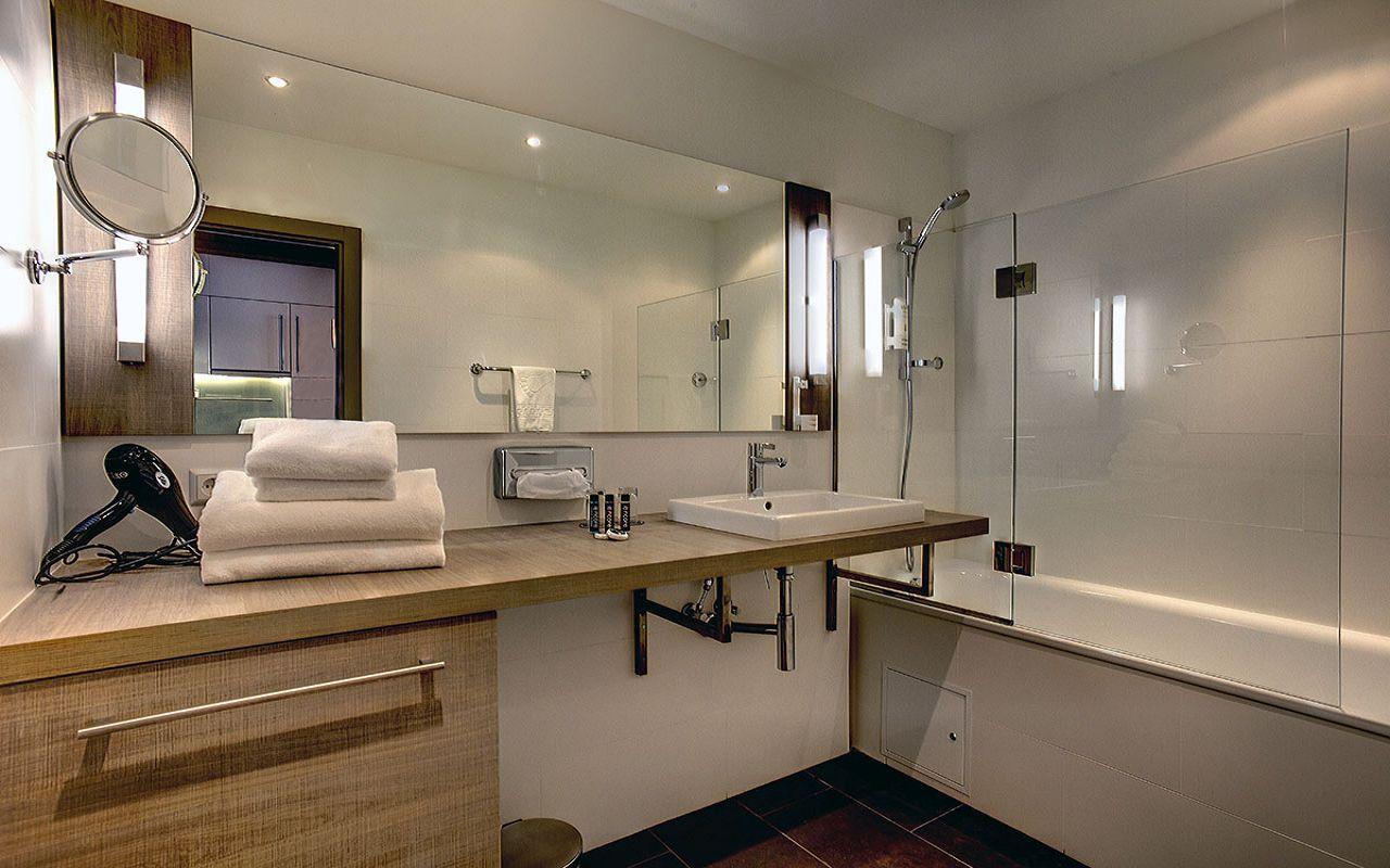 Studio_bathroom