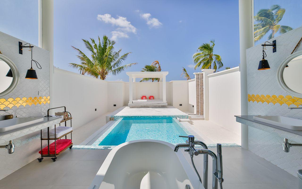 Sun Aqua Sultan Suite (8)