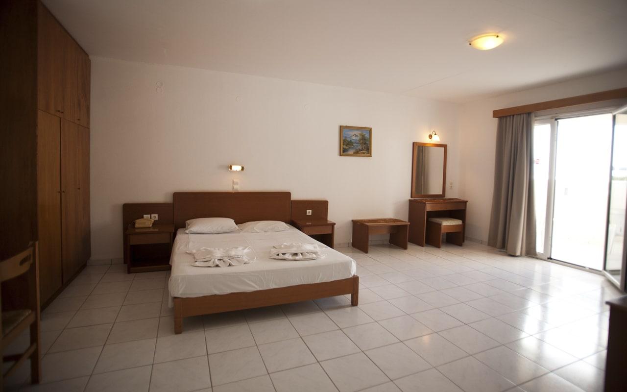Anthoula Village Hotel (4)