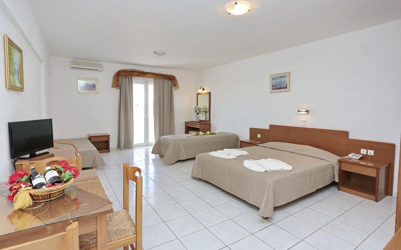 Anthoula Village Hotel (9)