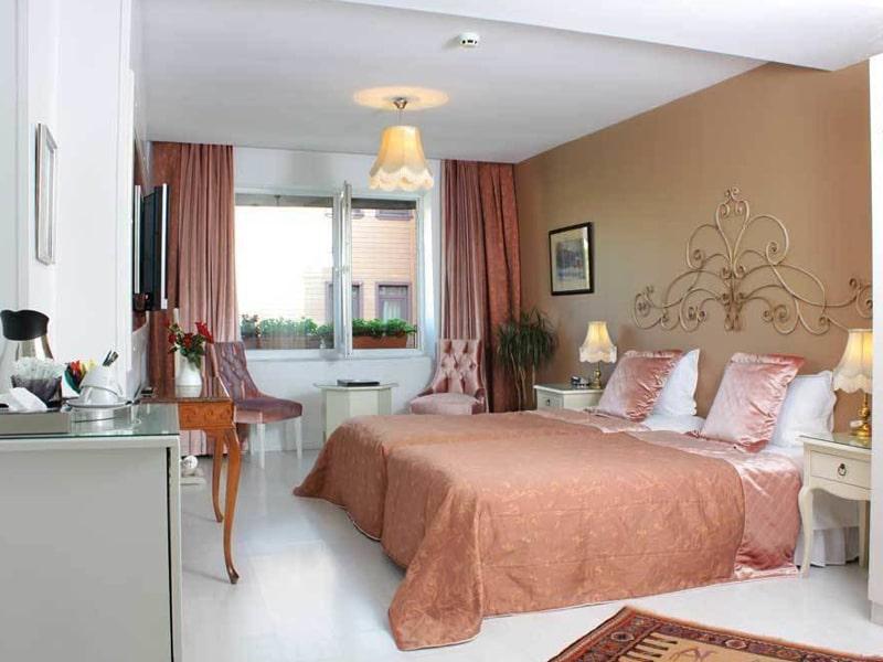 Celal Sultan Hotel (1)
