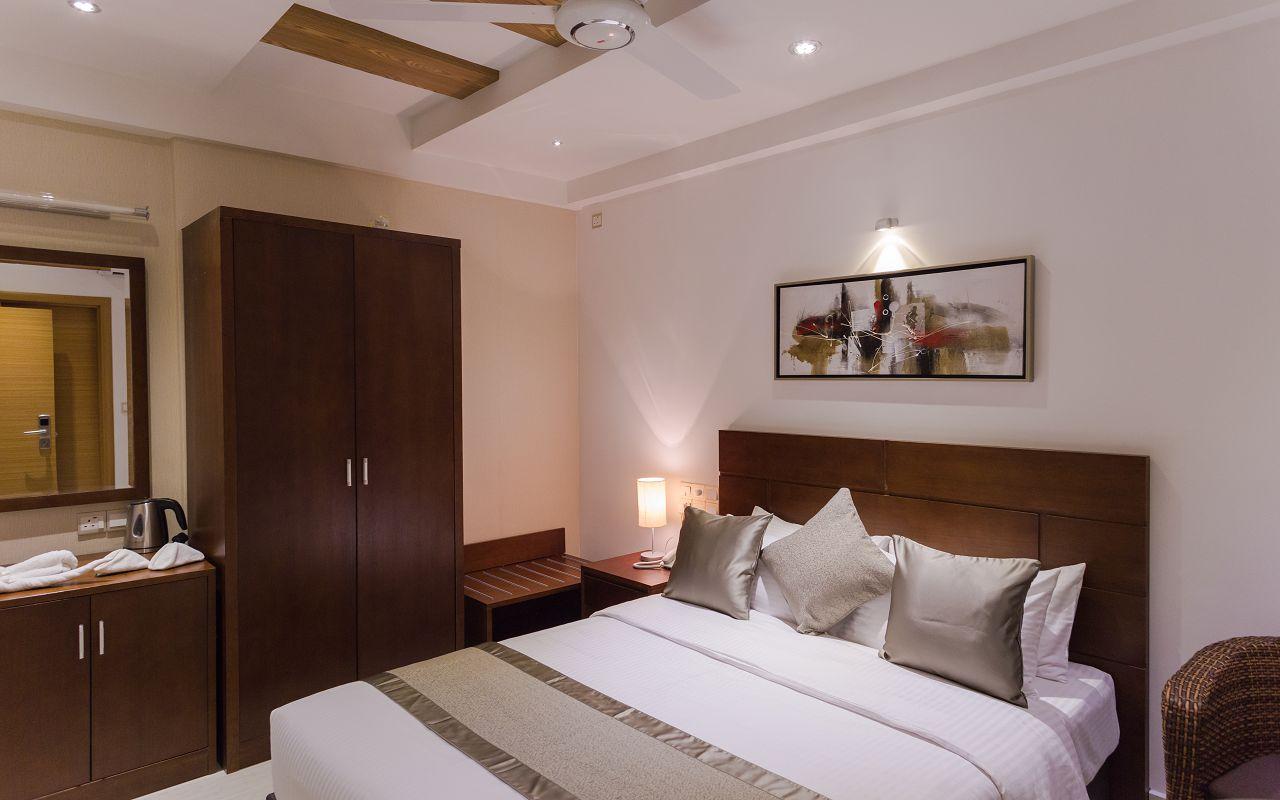 Deluxe Double room (3)
