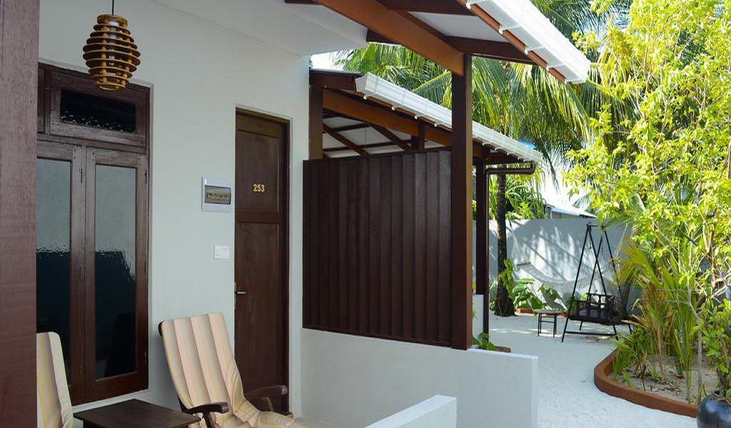 Holiday Village Retreat (3)